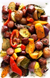 One Pan Smoked Sausage with Potatoes and Veggies- One pan + smoked sausage + potatoes + veggies = delicious and easy weeknight meal. Yeeees! | sodamndelish.com