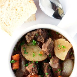 This easy slow cooker beef stew is so simple. Just add everything to the slow cooker, turn it on, and it produces a rich tasting and deep beef stew.